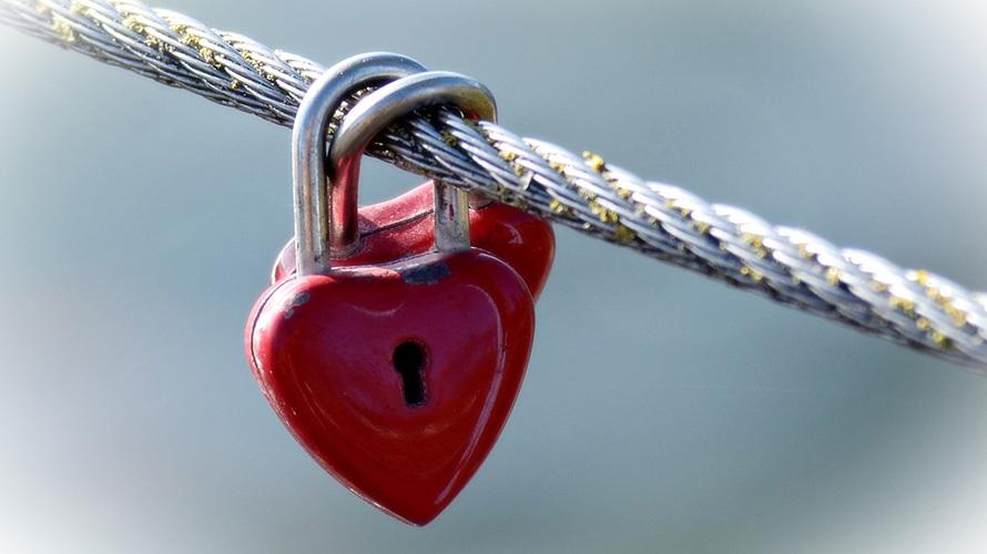 改めて考える不倫リスクとバレ対策