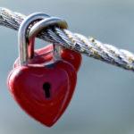 改めて考える不倫のリスクとバレ対策